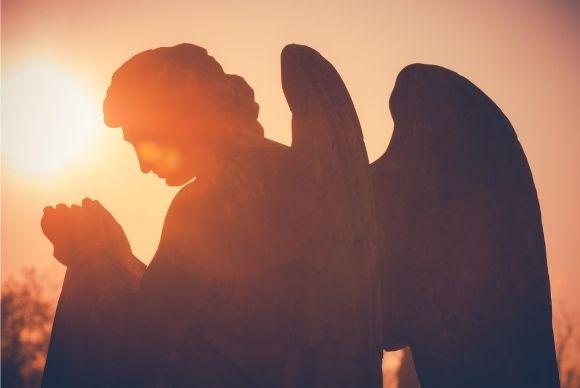 Descubra como entrar em contato com os anjos e conseguir proteção